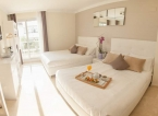 Chic Room 2 Double Beds